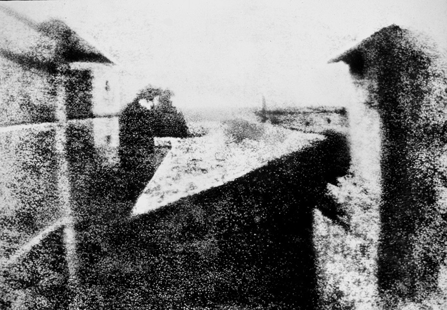 1920px-View_from_the_Window_at_Le_Gras,_Joseph_Nicéphore_Niépce